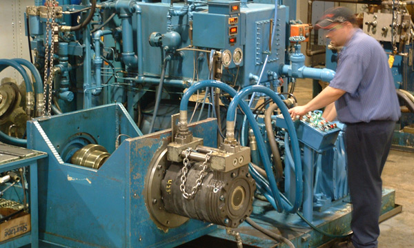 Hydraulic Pump & Motor Repair Services at Attica
